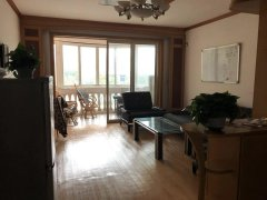 庐山花园精装2两房 90平米 干净清爽 全新墙纸家电家具齐全