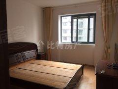 通江花园2室2厅1卫 96平米 客厅 两房间朝南