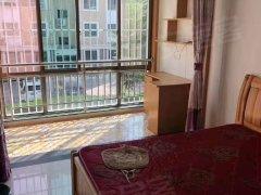 长峰怡安苑住人二楼家具家电齐 全可做饭拎包入住 周围设施齐全
