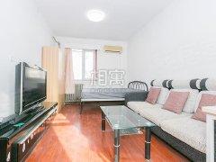 建新北区 隔断小两居出租  地铁附近 费用五折 拎包住。