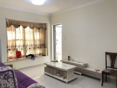樟木头中惠香樟半岛 一房一厅 家私电器齐全 客厅朝南带大阳台