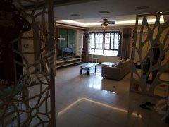 美食节旁景江公寓 3室2厅2卫