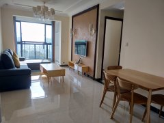 品质小区恒大华府精装三房 电梯小高层 全套家具 舒适生活