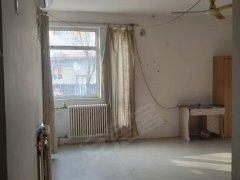 华明家园简单装修一室,家具家电都有,虽然简单,但价钱合适