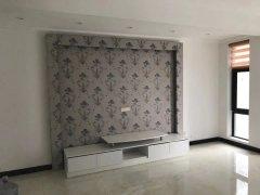亚星江南小镇 3室2厅 170平米 中等装修