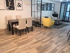 淮海路板块,购物中心对面东方巴黎经典2室,新装修,带车位