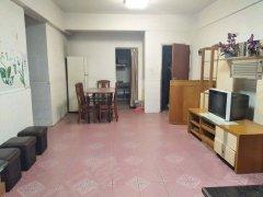 龙景花园 2室2厅1卫 精装修,干净整洁,拎包入住