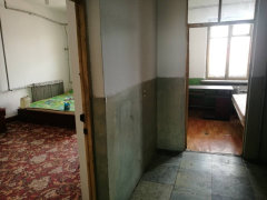 新民小区(龙沙路)3室-1厅-1卫整租
