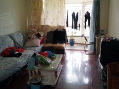出租格林威治城两室两厅一卫简单装修包暖包物业