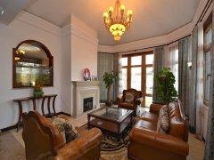 (别墅急租)私家花园400平,精装独栋,家具家电全齐。