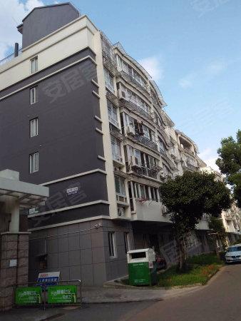 江南春晓120平方,200万。3室2厅2卫。二楼,精装修二手房