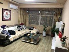 云峰街地铁口 移动馨城 精装修 押一付一 可短租 看房 方便