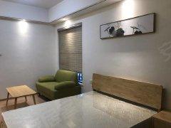 金茂湾. 享清江美景全新40平方单间公寓 全新家具电器