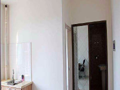 莱茵小镇2室-1厅-1卫整租