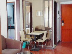 精装二房出租,家私齐全,看房方面。