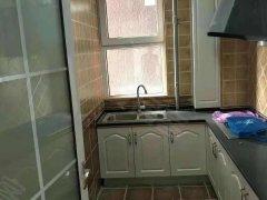 万和城 精装 两居  可做饭洗澡 900一个月 看房方便