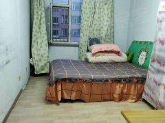 龙泰富苑,两室,1400元
