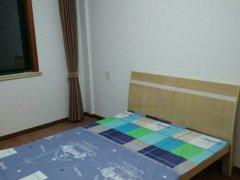 新龙苑4室-1厅-2卫合租