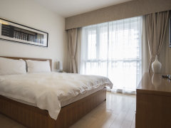 押一付一首月房租半价包网拎包即住亚泰城设施齐全可短租商圈高端