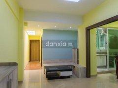 旭日海湾  洁净整洁两房 两卫   具备采光井及走廊居家风格