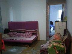 橡树湾4期简单装修一室家具家电齐全,随时入住哦 ,手慢无