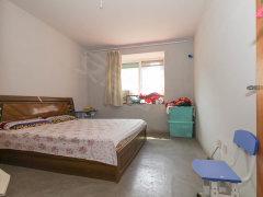精装修公寓 家具家私齐全 押一付一 可随时看房入住