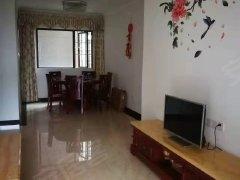 桂丹颐景园 业主诚心急租三房2500月精装两房 家私电齐全