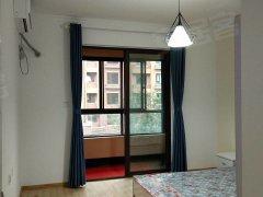 多层洋房 独立卧室带阳台  纯南户 有空调