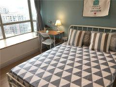 蛋壳公寓 精装主卧 落地阳台 客厅开阔 性价比高