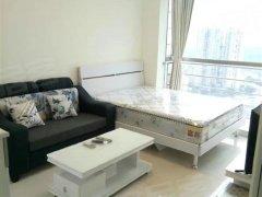 朗钜御风庭漂亮单身公寓  仅租3300  大面积  通风采光