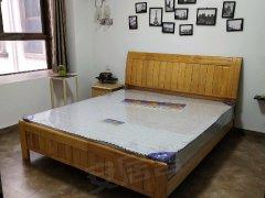 伴山洋房2房2厅1卫,精装修拎包入住,月租1800