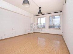 CBD国贸地铁附近恋日国际77平一室一厅出租可办公居家有钥匙