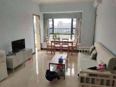 海东学校旁漂亮两房出租,价格美丽,房子保养得很好