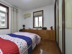 鹤园东芳村精装卧室 配置齐全 钥匙在手看房随时