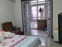 银丰小区一室一厅一卫700一月