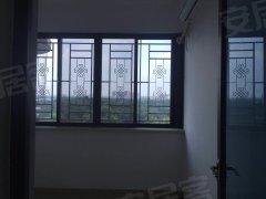 东坑碧桂园精装三房 带小部分家私出租 租金仅1500 急租