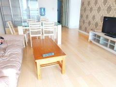 滨河路 地铁口 锦丽苑 暖色系精装一室一厅一厨一卫 品质生活