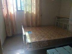 四村市场附近200米,精装带家私家电一房一厅两房一厅出租