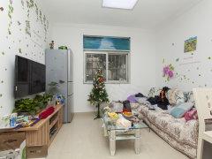 温馨舒适 精装卧室 365天售后 政馨园二区