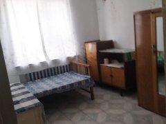 丰盈小区 8楼 简单家具 简单装修 600元
