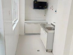 龙景园2室套房急租,房子干净清晰带部分家具,欢迎咨询
