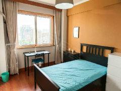 精装公寓,带空调,热水器,全新家私家电,独立卫生间,拎包入住