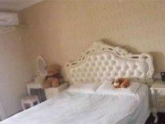 欧尚国际公馆精装公寓家电家具全带只租1300,抢租.