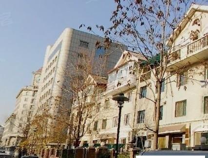 米兰公寓楼盘现场环境